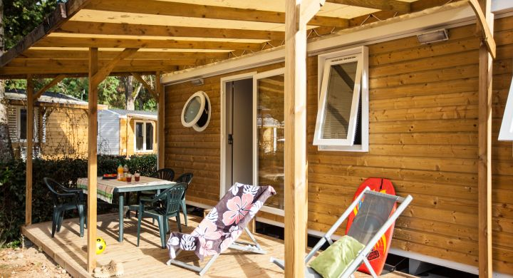Mobil-home Famille camping Le Petit Rocher